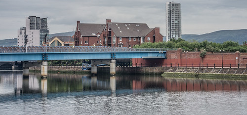 The Lagan Railway Bridge & Footbridge In Belfast - Northern Ireland by infomatique