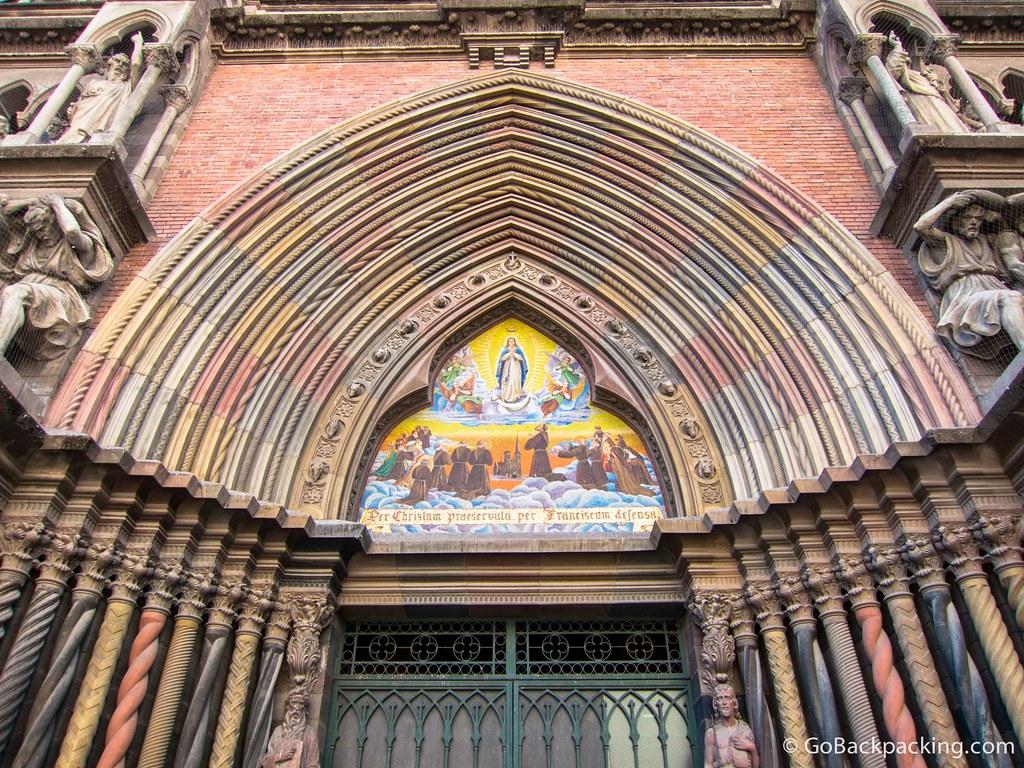 The multi-colored entrance to Igelisa del Sagrado Corazon