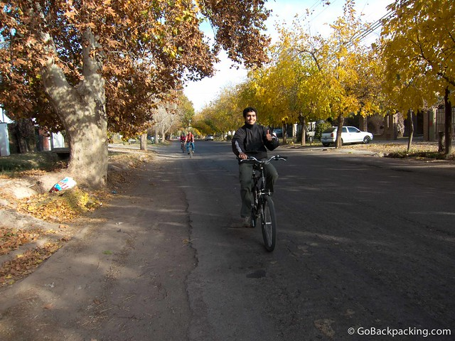 Our guide on the bicycle wine tour in Mendoza