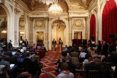 12e23 Rajoy en el Elíseo 2_0015 Uti