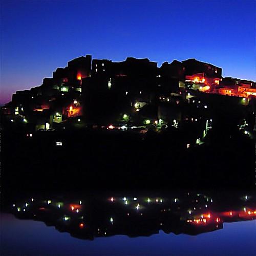 Borgo di Pisciotta al crepuscolo #italy #i_promote #southernitaly #salerno #instagram #instatalent #tramonto #panorama #pisciotta #cilento #colors #lights