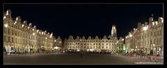 Les places d'Arras à la nuit tombante / Squares of Arras at dusk