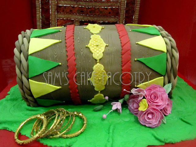 Mehndi Dholki Cake : Dholak or dholki cake flickr photo sharing