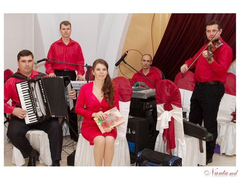 Коллектив DATINA - Doctorii cu Doba > Фото из галереи `Ads #26854 about`