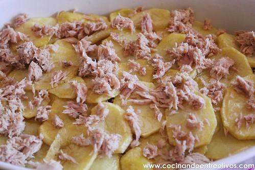 Patatas con bechamel y atún (6)