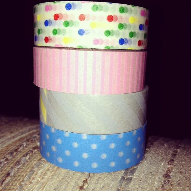 Since I couldn't find Washi tape anywhere local I got a great deal one day at Plaid Barn. It finally came!! Can't wait to use it!