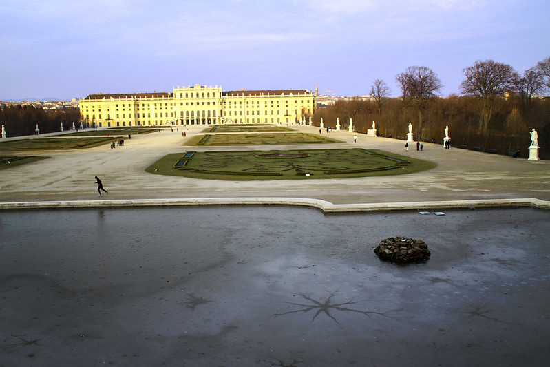 winter, Schönbrunn Palace back