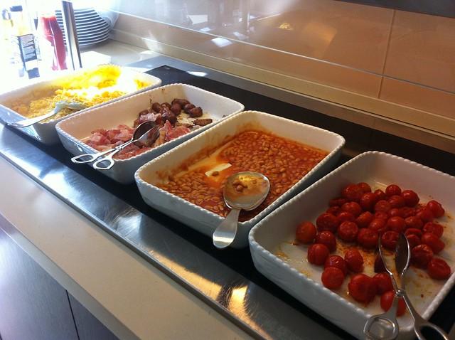 Breakfast at Domus