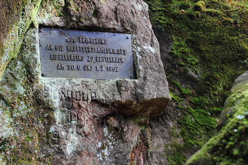 Sign on the wall of a cave in Müllerthal