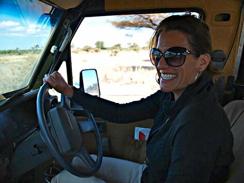 safety travel tips solo female traveler