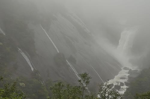 【写真】離島めぐり : 千尋の滝2