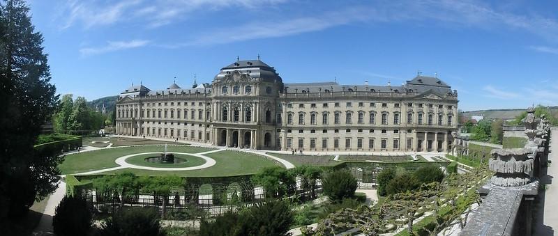 P4170208 Pano Residencia de Wurzburgo y jardines de la corte