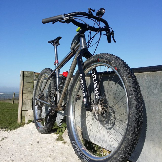 Incredible ride in this morning, I took the scenic route, it was tempting to carry on! #sdnpa #southdowns #tilushness @traversbikes #RussTi @use_exposurelights #revo