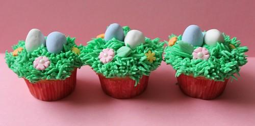 Mini Easter cupcakes - 1