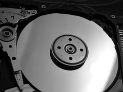 electronic device, data storage device, hard disk drive, monochrome photography, monochrome, black-and-white, black,