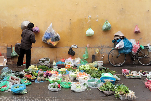 Streetside market annex