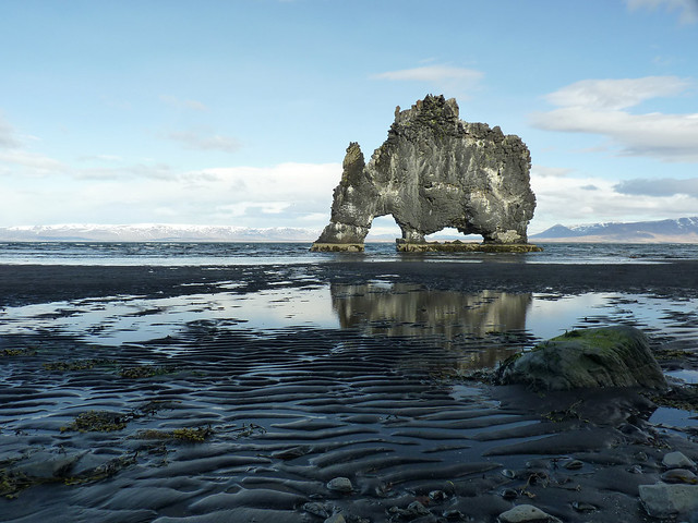 Hvitserkur at low tide - sucking up the water