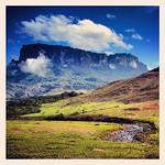 Mount Kukenan and Tek River. Instagramed