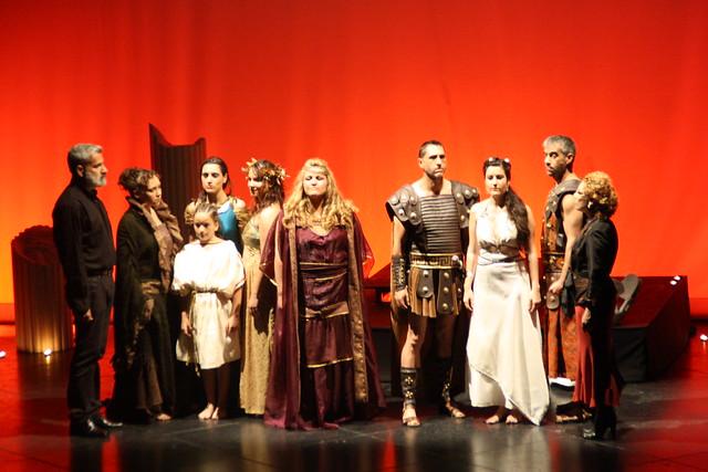 """Elenco de actores de """"Las Troyanas"""""""