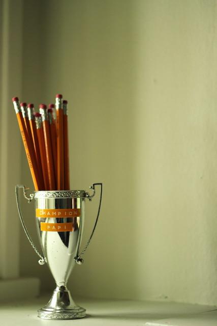 champion pencil cup