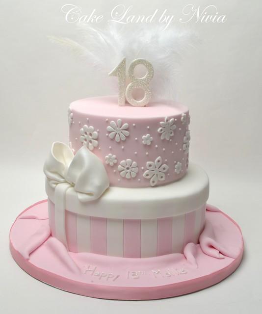 18th birthday cakes uk