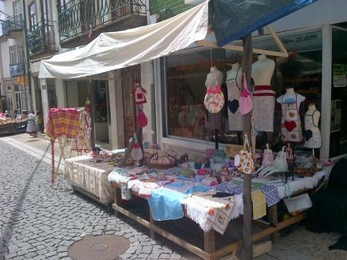 a minha banca no mercado á moda antiga 2012 by ♥Linhas Arrojadas Atelier de costura♥Sonyaxana