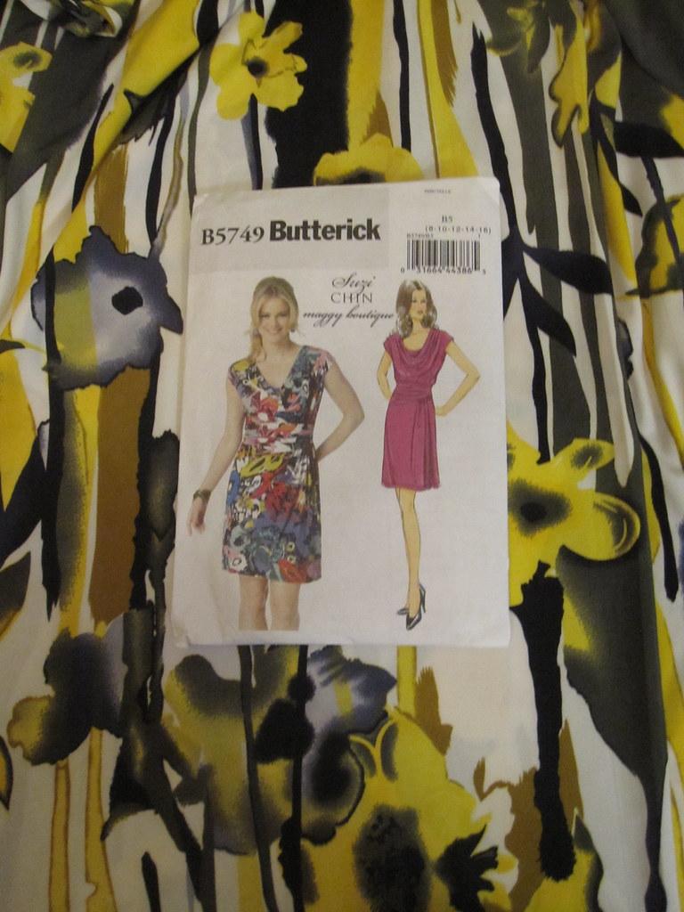 Butterick 5749