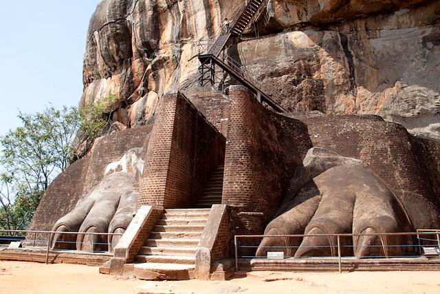 Through the lions claws Sigiriya