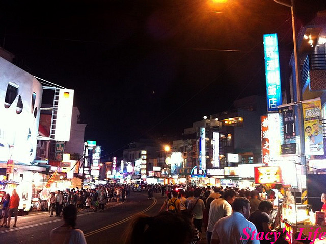 nEO_IMG_Photo 11-10-29 19 20 33