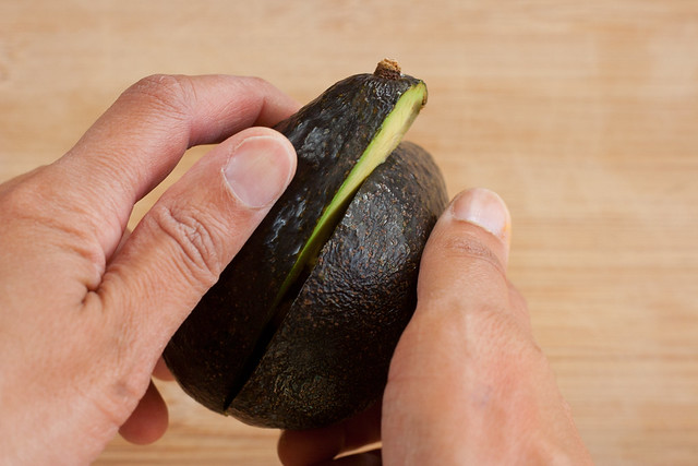 twist avocado