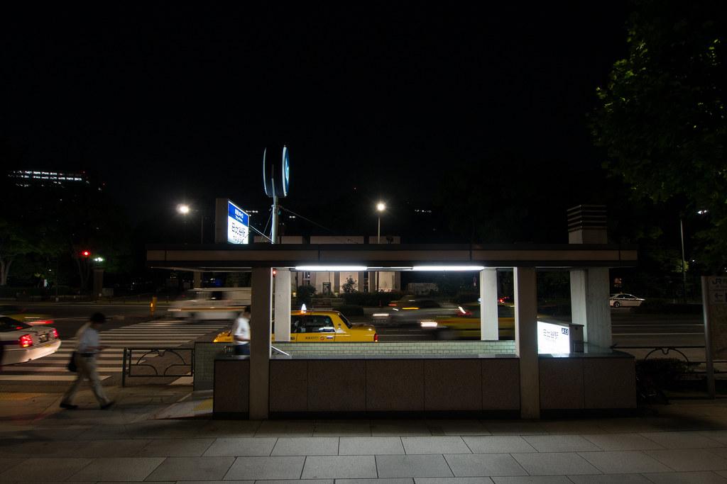 日比谷駅 2012/06/04 OMD40990