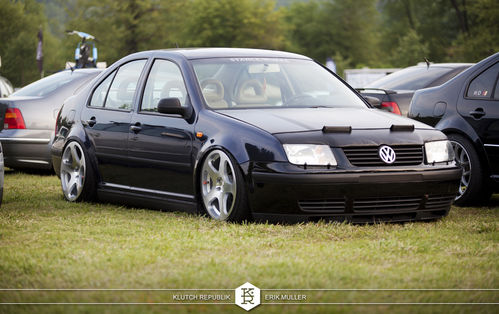 blue mk4 vw jeta on rotiform NUE at southern worthersee 2012