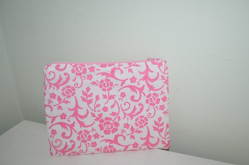 PInk & White zippy pouch 2
