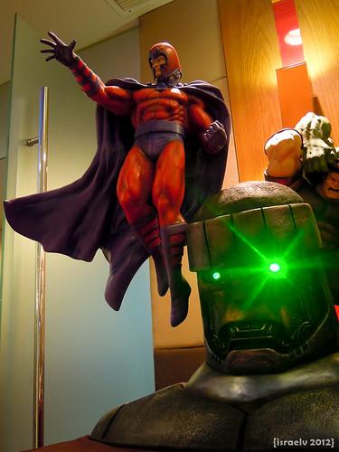 Magneto & Sentinel by {israelv}
