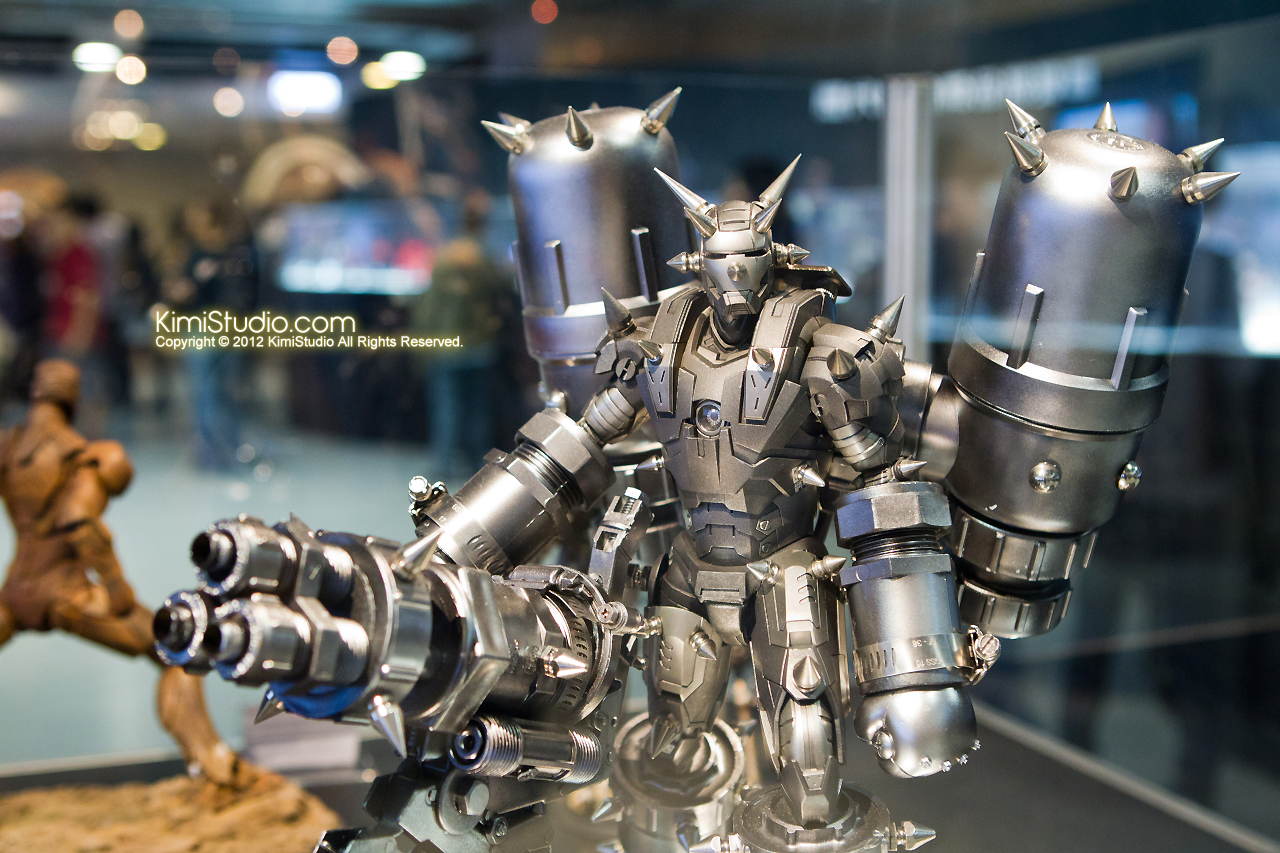 2011.11.12 HOT TOYS-136