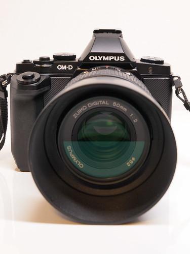 OLYMPUS OM-D E-M5 + MMF-3 + ZUIKO DIGITAL ED 50mm F2.0 Macro