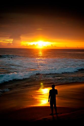 無料写真素材, 人物, 朝焼け・夕焼け, 人物  後ろ姿, 人物  海, シルエット
