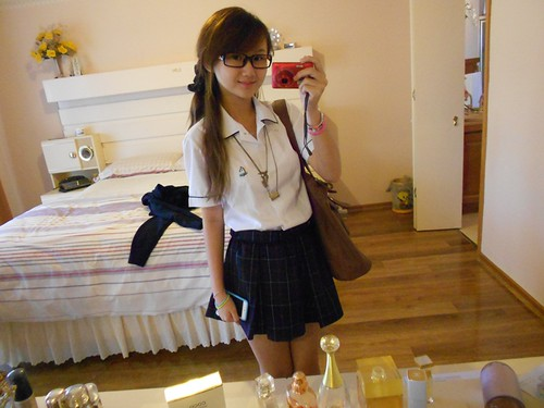 Back to school girl♥