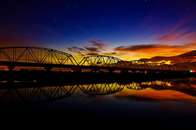 大樹舊鐵橋晨彩--好天氣就該衝景!!!