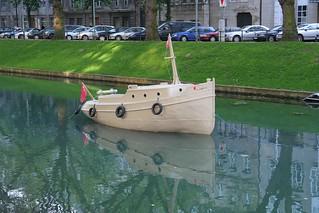 DRUPA Paper boat