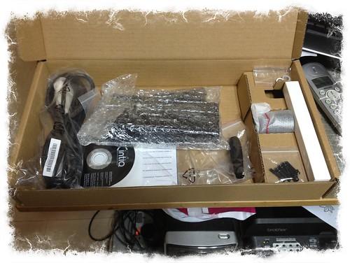 Wacom Cintiq 24HD box content