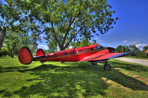 Airplane at the Beaumont Hotel, Kansas