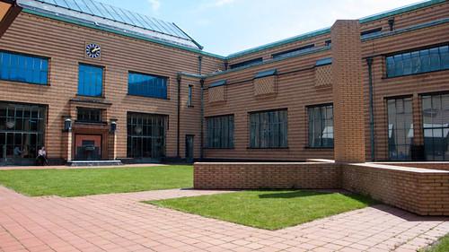 Den Haag, courtyard Gemeentemuseum