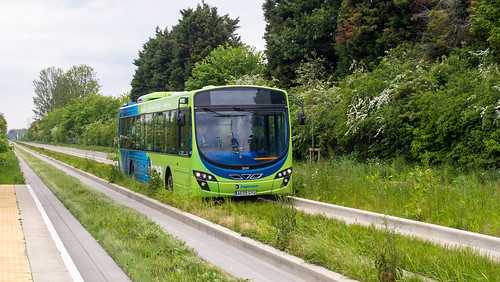 Cambridge Busway - 21224 on route A at Science Park stop