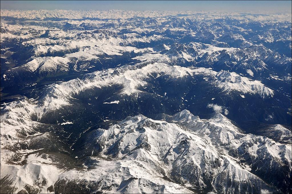 Le Alpi Orientali dal finestrino...dell'aereo!! 7248252004_7c44e59d79_b