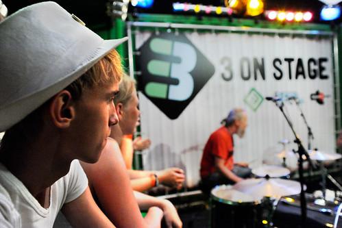 Pinkpop 2012 mashup foto - Witte hoedjes, ook een trend?