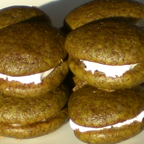 vegan matcha whoopie pies