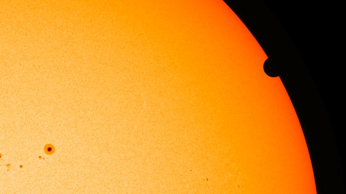 SDO's Ultra-high Definition View of 2012 Venus Transit - HMI Instrument