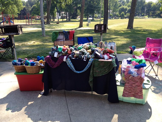 At hardesty park in Akron for World Wide Knit in Public day!