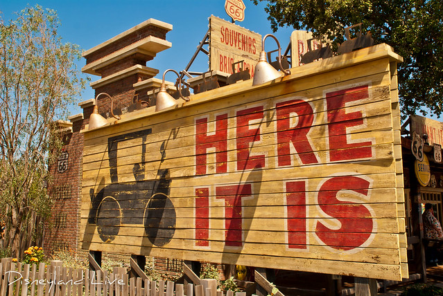 Cars Land - Radiator Springs Curios Shop / Here it is